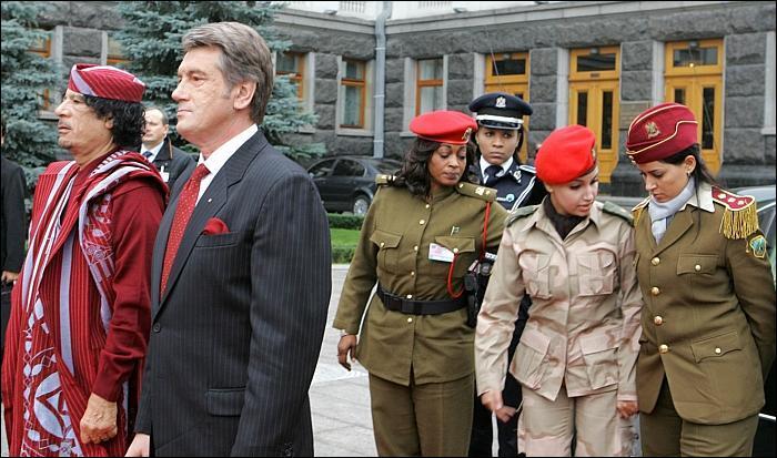 Женщины телохранители Муаммара Каддафи (фото)