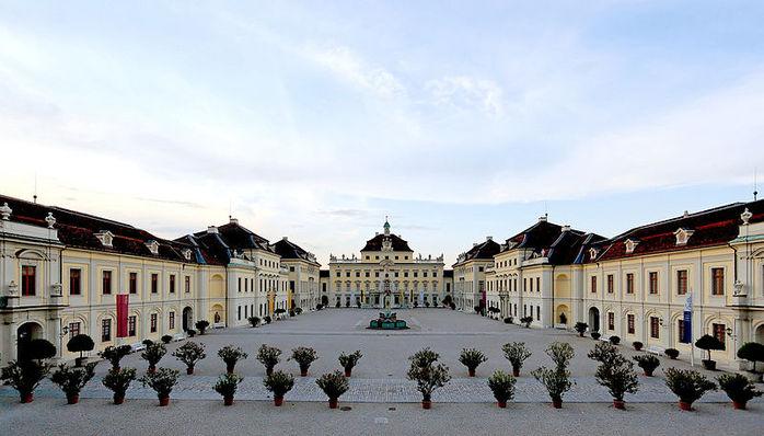 Людвигсбургский замок-резиденция. 76232