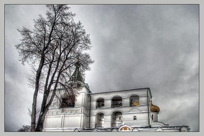 Фото Ипатьевского монастыря. Звонница Троицкого собора