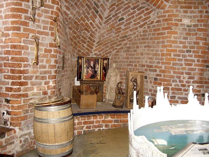 Голштинские ворота - Holstentor -Любек 56998