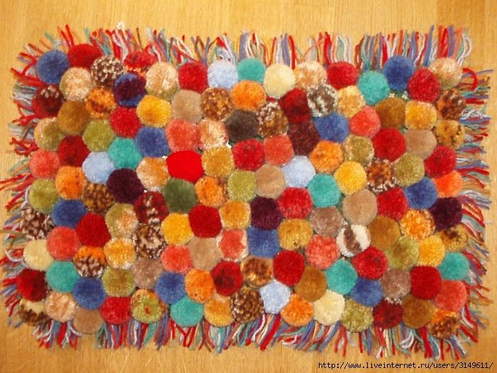 Как сделать своими руками коврик из старых