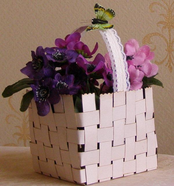 Корзина для цветов из картона