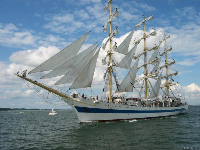 картинки парусных кораблей.