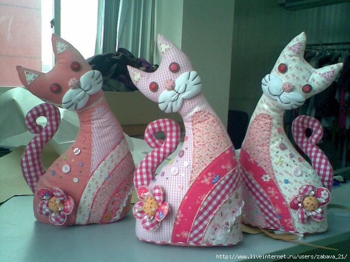 Игрушка котенок из ткани своими руками