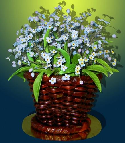 На языке цветов Незабудки означают Воспоминания, Истинную Любовь.  Прекрасный подарок для любимого человека!