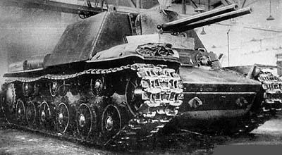 Параллельно, видимо в целях подстраховки, был разработан второй вариант КВ-7.  Он вооружался двумя 76,2-мм орудиями...
