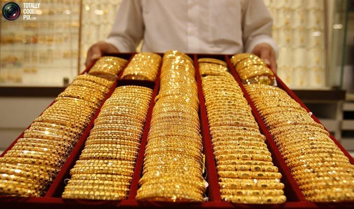Россия стала крупнейшим в мире скупщиком золота - Бизнес и Финансы - NewsUkraine