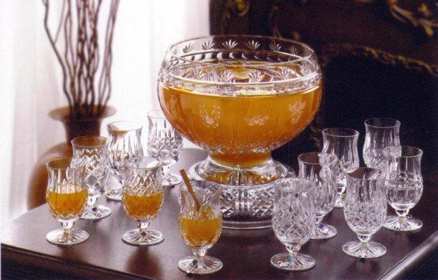Боуль - освежающий напиток, из фруктов или ароматических специй.
