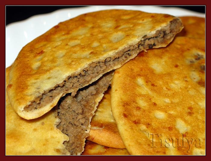 Сырные лепешки с начинкой рецепт с фото