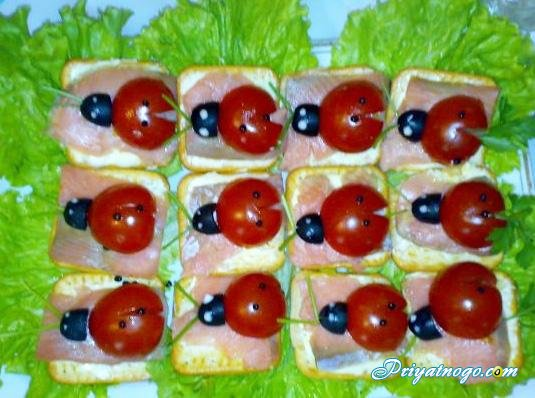 Бутерброды с красной рыбой.  Рецепты.