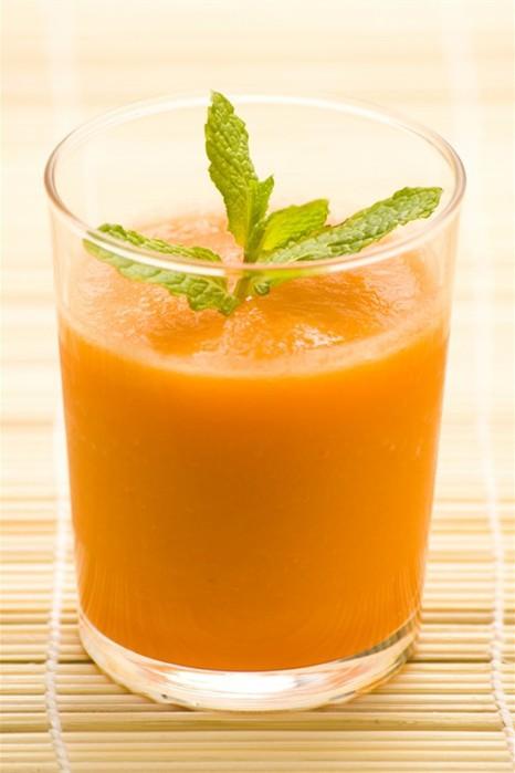 Коктейль тыквенный с имбирем - вкусный и очень полезный напиток, который служит отличным средством профилактики