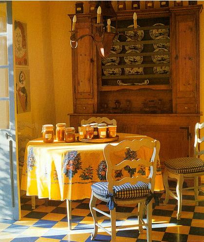 мебель в стиле французского прованса.