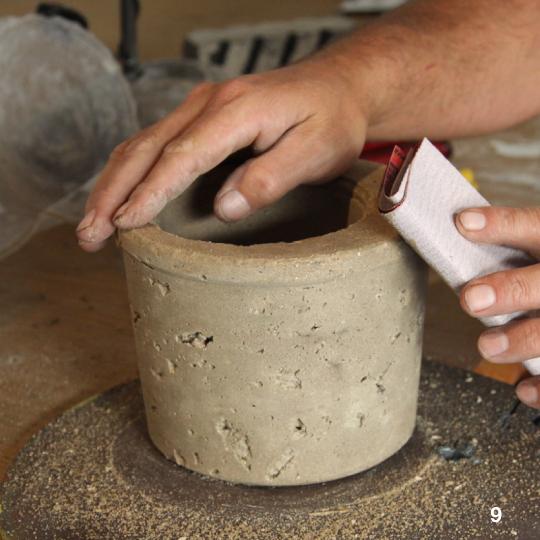 Вазоны из цемента и торфа