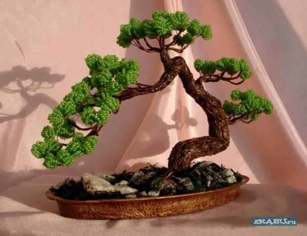 бонсай дерево из бисера.