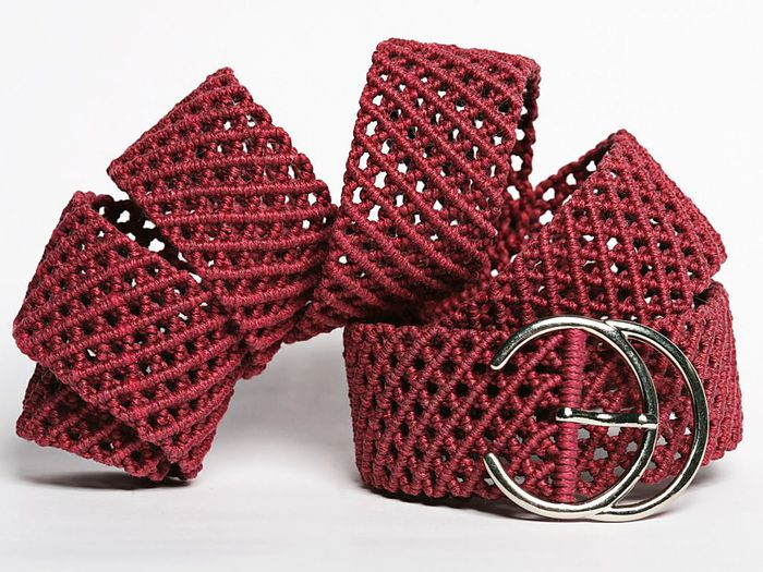 """Цена: 86 $ Дата: 29.07.2012 Прочитано: 460.  Выполнен с использованием плотного плетения с узором  """"сеточка """" из..."""