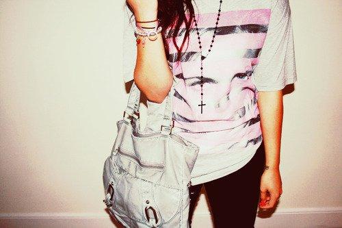 Юки-тян.  Девушки Украшения.  Девушка с сумкой.  2.
