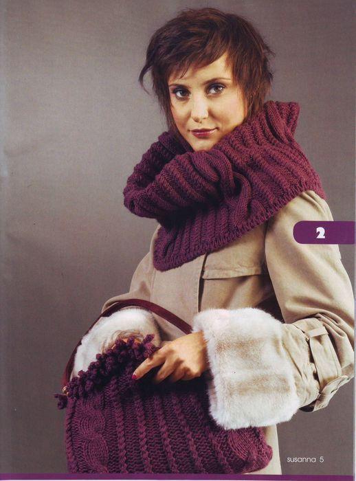 Множество вариантов стильных вязаных воротников, шарфиков, хомутиков.