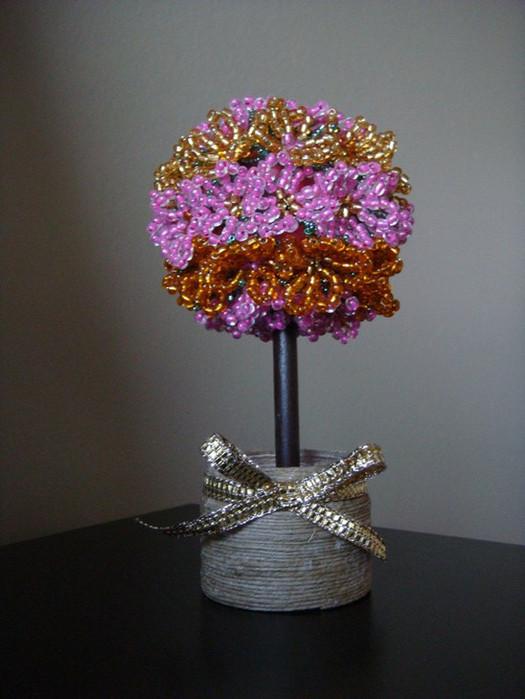 БИСЕРОПЛЕТЕНИЕ/цветы и деревья из бисера. бисероплетение. в цитатник.