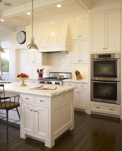 Кухни в классическом стиле.