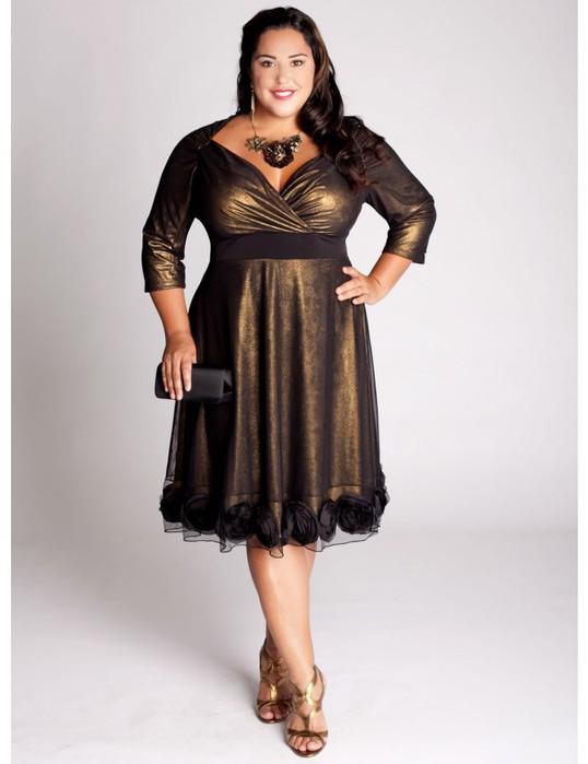 Фото модных платьев для полных девушек.  Фото вязаные платья крючком.