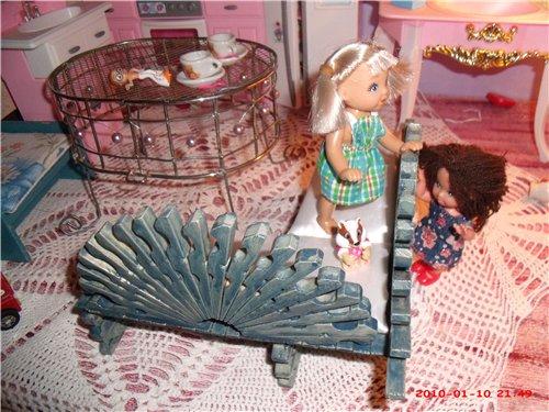 Видео мастер класс мебель для куклы
