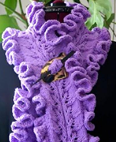 Для вязания ажурного шарфа с рюшами представленного на снимке использовалась пряжа Manos del Uruguay (137/50г)...
