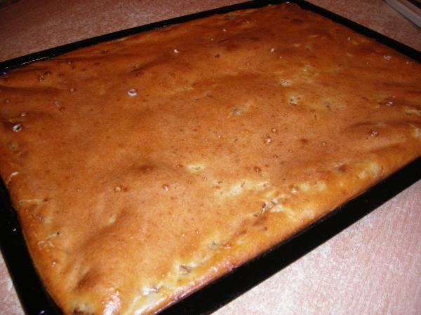 Пирог на кефире с рисом и сайрой рецепт