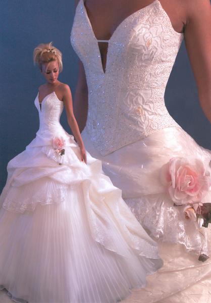 розовые свадебные платья фото.