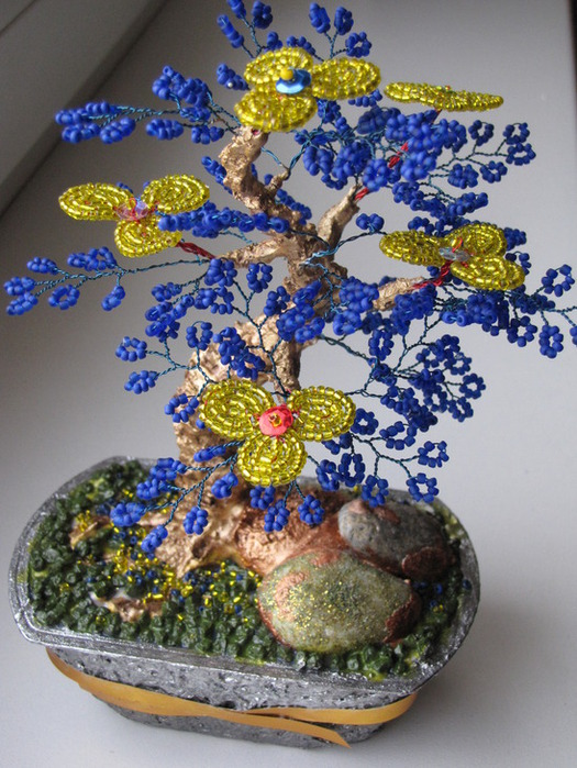 """БИСЕРОПЛЕТЕНИЕ/цветы и деревья из бисера. a href= """"http://www.liveinternet.ru/users/valentina1987/post151782010..."""