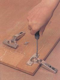 Ремонт петель мебели своими руками
