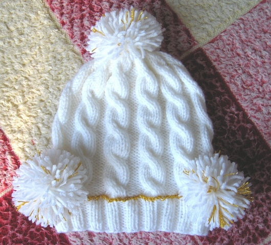 Как сделать бубончик на детскую шапку
