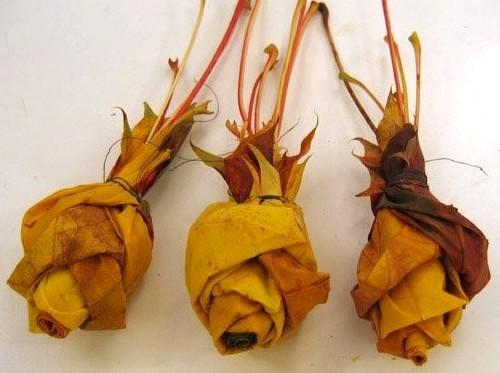 Поделка из листьев букет