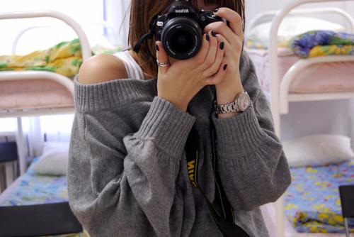 Фото на аву девушка плечи