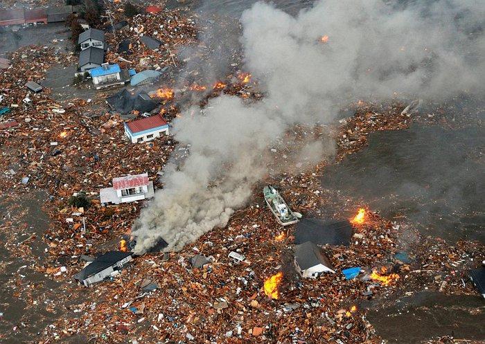 Япония 11 марта 2011 фото kyodo reuters