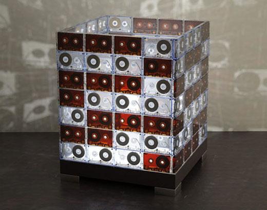 Поделки из кассетных лент от магнитофона