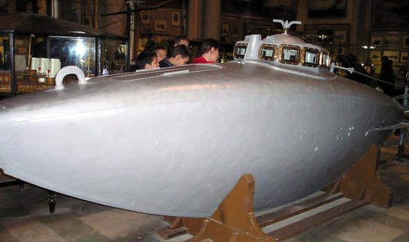 первая подводная лодка ее конструкция