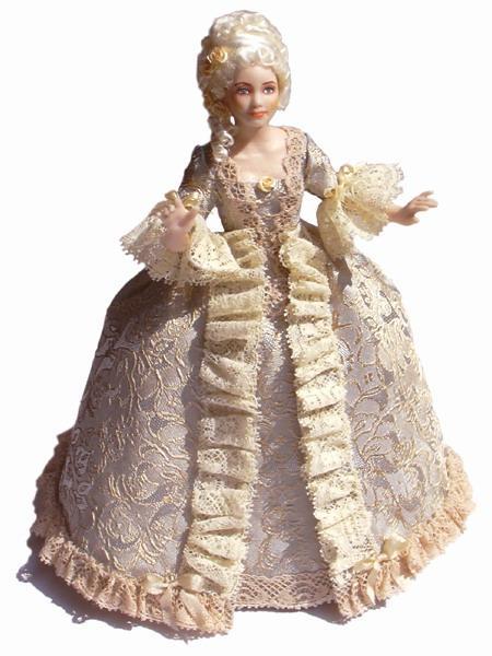 Как сшить платье для фарфоровой куклы