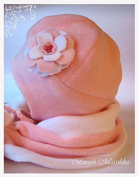 шитье.  Комплект - шапочка и шарфик из флиса - двойные - для прохладной...
