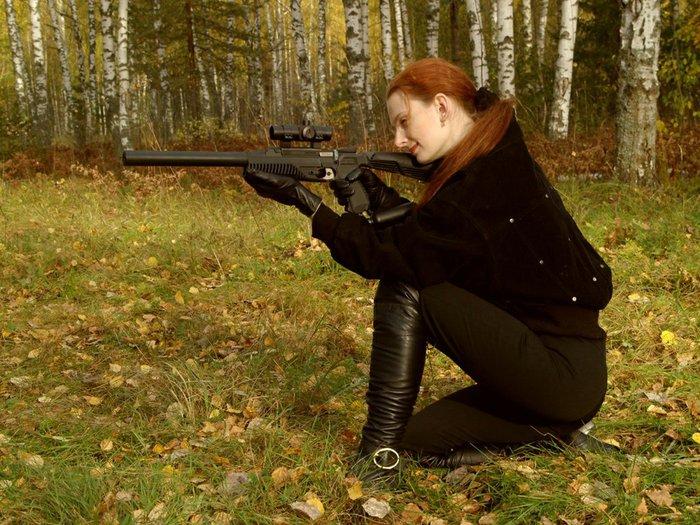 Девушки с оружием 1