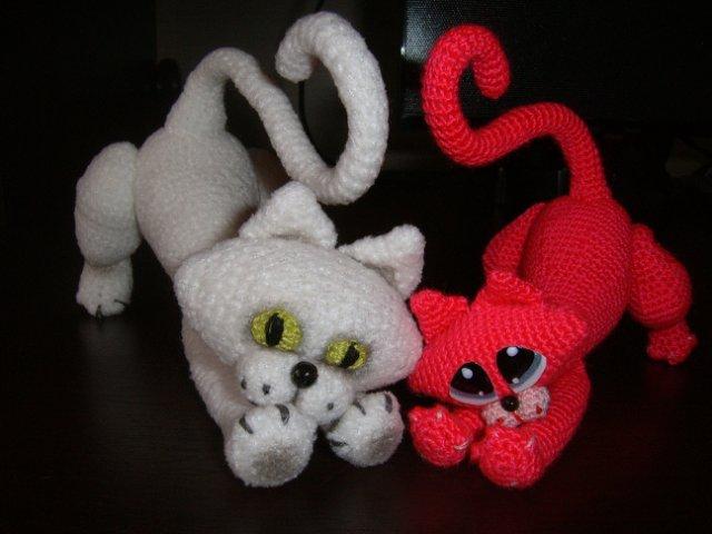 Вязанные игрушки (крючок).  Сердечный кот. далее.  Просмотров: 1461 Добавил: MissТолерантность Дата.