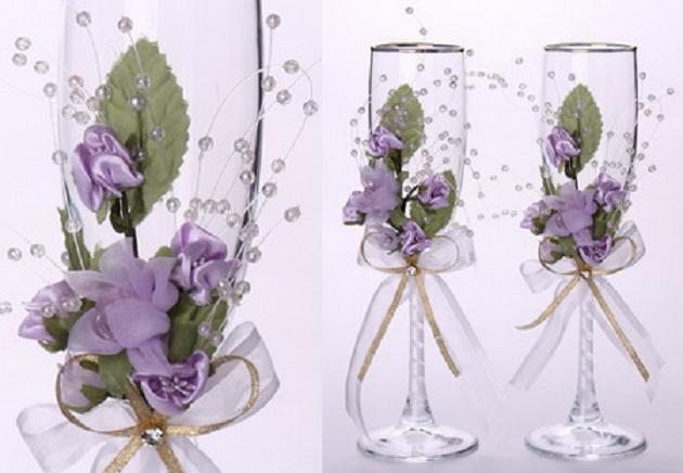 Девочки, посмотрите сколько идей для украшения бокалов на свадьбу.  Эх. жаль сын уже женился.