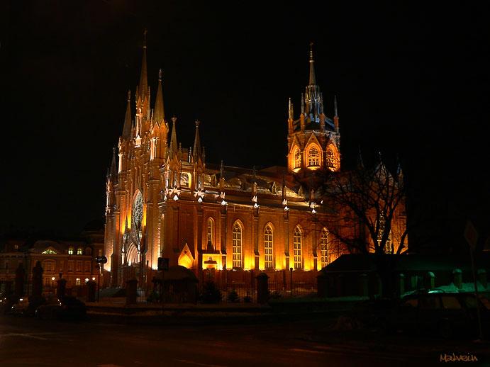 Самый большой католический собор России - в Москве!