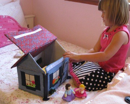 Домик книжка для куклы своими руками