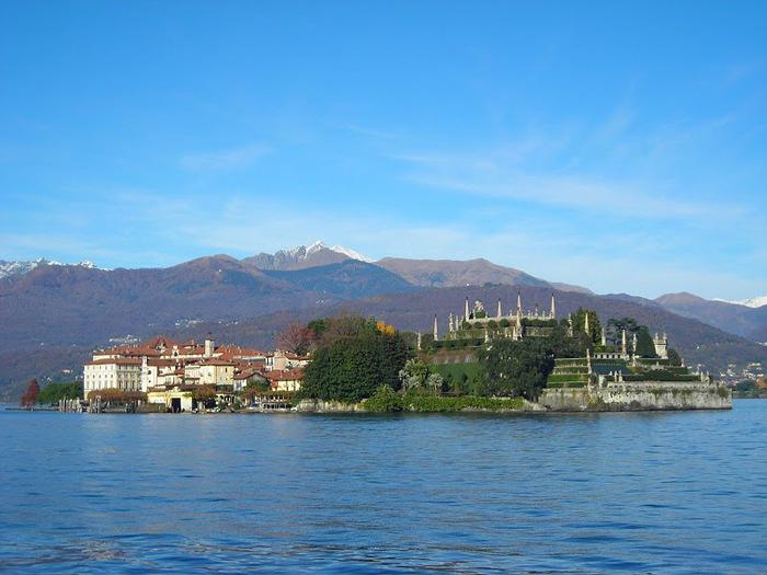 Дворец Борромео ( итал. Isola Bella - красивый остров ) 33021