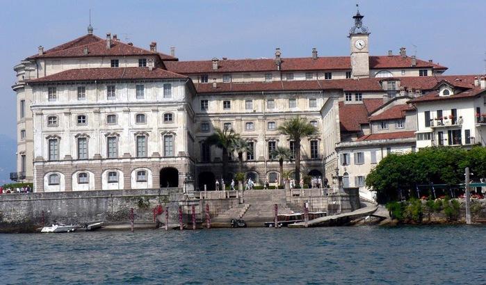 Дворец Борромео ( итал. Isola Bella - красивый остров ) 29551