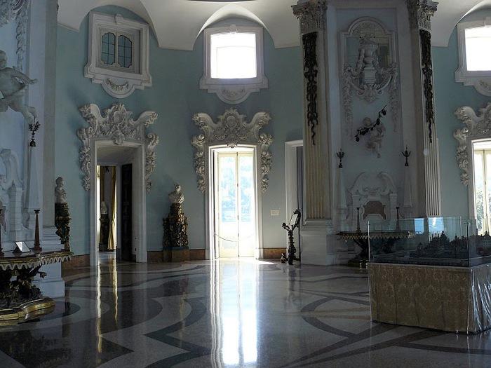 Дворец Борромео ( итал. Isola Bella - красивый остров ) 43710