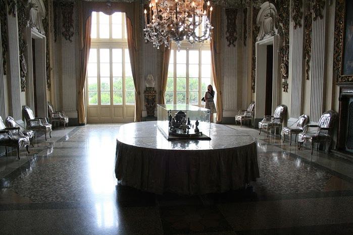 Дворец Борромео ( итал. Isola Bella - красивый остров ) 72798
