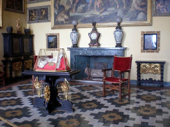 Дворец Борромео ( итал. Isola Bella - красивый остров ) 72434