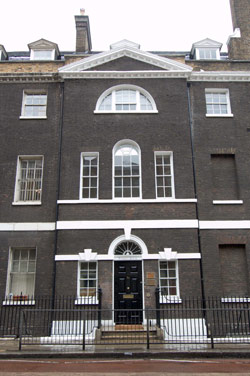 лондон (250x376, 28Kb)