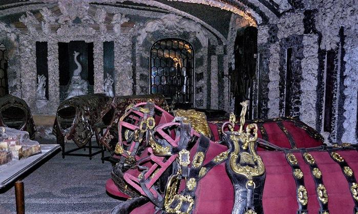 Дворец Борромео ( итал. Isola Bella - красивый остров ) 17539